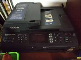Multifuncional Brother MFC-5895CW