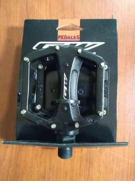 Pedales GW mini Nuevos medida de eje 9/16