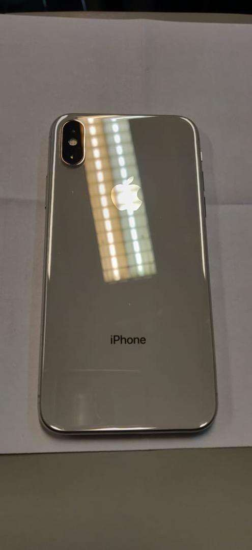 Iphone x 256gb blanco impecable 0