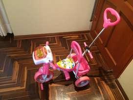 Triciclo musical Monark