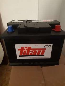 Vendo bateria nueva .TITAN 650