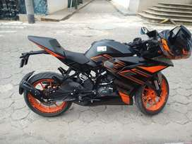 Vendo ni moto KTM rc200