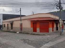 casa esquinera con 3 locales comerciales