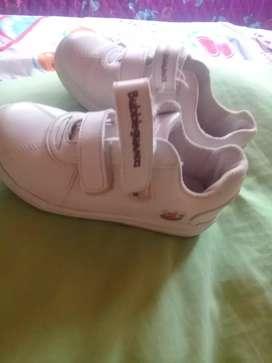 Zapatos tennis booble goomers talla 29-30