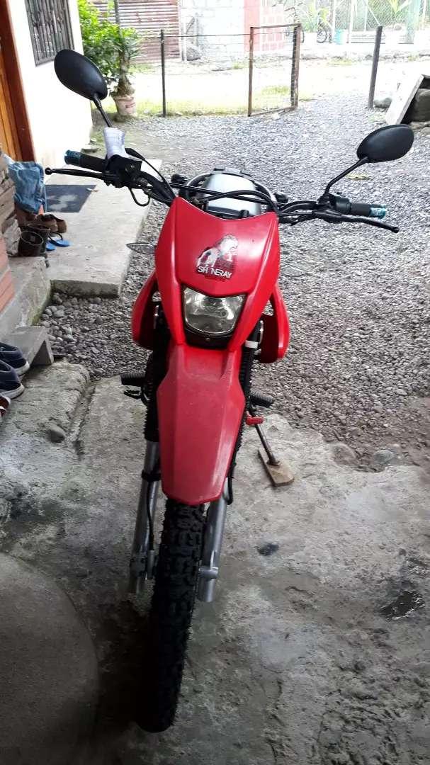 Vendo moto shineray 200 0