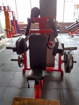 Vendo  máquina pará hombros para Gym