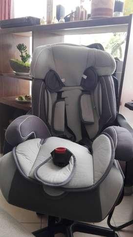Silla con cinturon para bebes