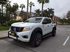 Nissan Frontier 4x4 LE 2018 full