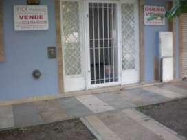 ¡ OPORTUNIDAD!  -VENDO  CASA 3 AMB.IMPECABLE ESTADO RECIBO AUTO-LOTE ¡CONSULTE!
