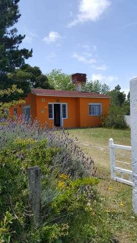 Casa  amplia con parque en San Clemente del Tuyu, barrio El Tala calle 9 entre 71 y 72.u.cable, wifi