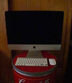 iMac 2013 21 pulgadas con teclado y mouse original