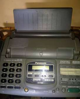 Teléfono fax.