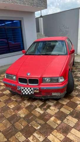 Vendo BMW 325i
