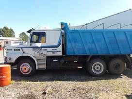 Camion volcador scania balancin