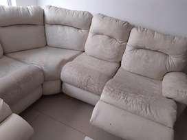 Se Vende Sofa Y Mesa Centr