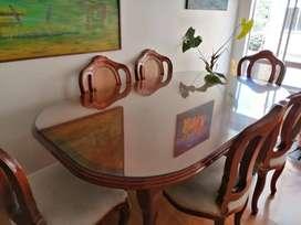 Comedor 6 puestos en madera, con vidrio