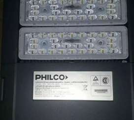 "Luminaria alumbrado público LED ""PHILCO"" con fotocelula"