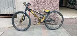 Vendo bicicleta MICRO MINI .