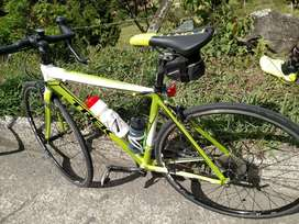 Bicicleta de Ruta Trek 1.5 Grupo Sora