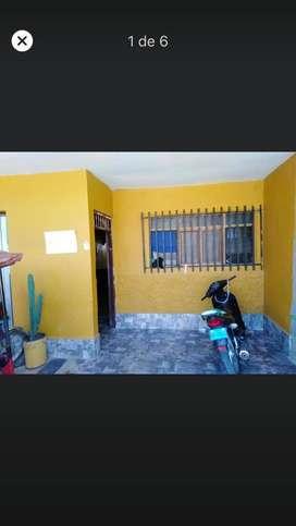 Venta de casa amplia con cochera sala grande 2 cosinas todo acavados en porcelanato