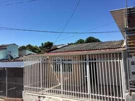 Se vende o permuta hermosa casa en la ciudad de Neiva Huila, consta de 96 m2, 3 habitaciones, 2 baños, estrato 2.