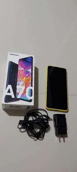 Samsung A70 128 Gb/ 6 Ram/ Huella Dactilar En La Pantalla/ aun con garantia