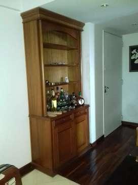 modular de madera con 2 cajones, 2 puertas y estantes