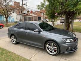 Volkswagen Vento gli+nav+dsg. 2016