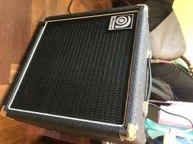 Amplificador Bajo AMPEG BA 108. 25 WATTS!! Flamante 5 horas de uso!!