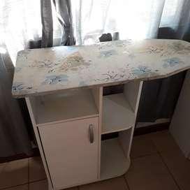 Mueble Planchador con poco uso liquido ya !!!