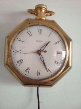 Reloj de Pared United Eléctrico