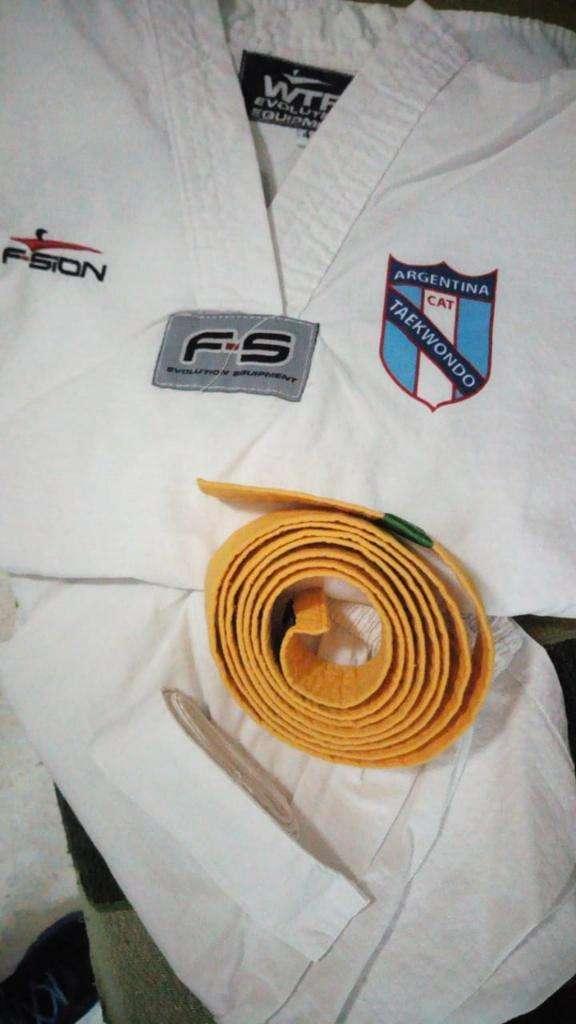 Vendo Conjunto Taekwondo Talle 4 0