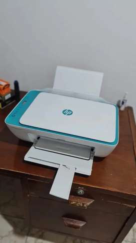 Impresora HP multinacional.