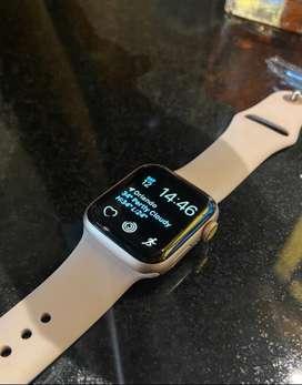 Apple watch 40mm 4ta generación usado