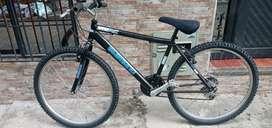 Bicicleta todo terreno rin 26 negra