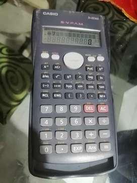 Calculadora científica casio en buen estado