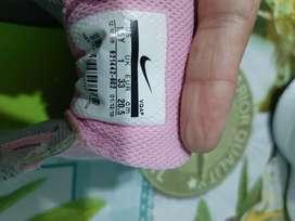 Zapatillas de nena usadas