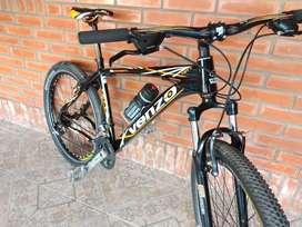 Vendo bicicleta Venzo R26(unik dueña)