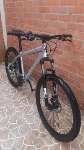 Vendo bicicleta GW.