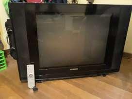 Vendo tv con control remoto