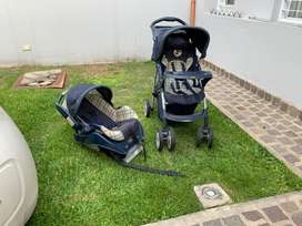Cochecito bebe + huevito con base para auto Graco. Impecable!!