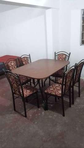 Se vende comedor de seis sillas