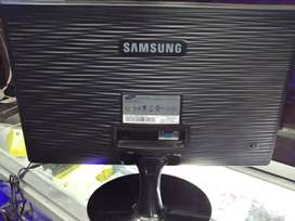 Vendo o cambio monitor Samsung