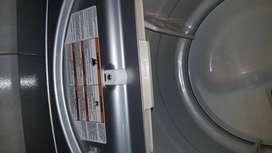 Se vende secadora de ropa