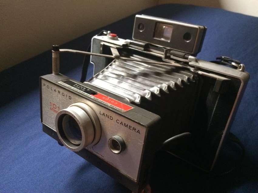 Cámara Polaroid 101 0