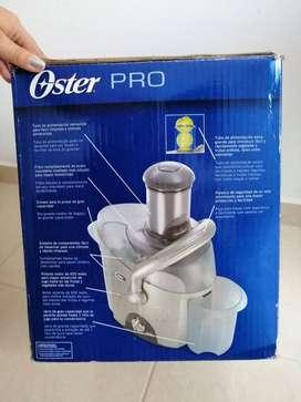 OSTER  EXTRACTOR DE JUGOS 600W