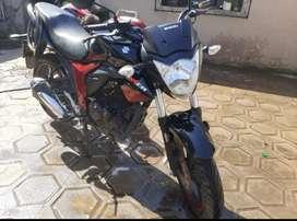 Moto Suzuki GSX 150