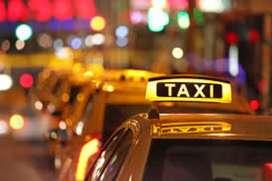 Busco Taxi a cargo o de color tengo licencia profesional