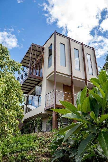 Hermosa Casita en Alquiler en Vista Bella – Vilcabamba 0