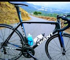 Bicicleta de ruta Giant TCR avance